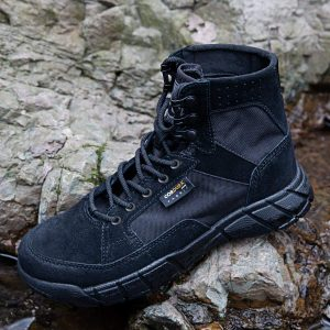 Discover Our Favorite Tactical Boots To Handle Nature's Tough Terrain 9