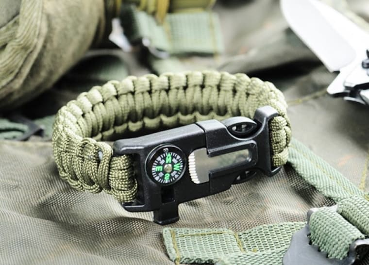 The Best Survival Bracelets of 2021: Safety On Your Wrist 2